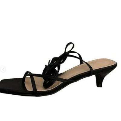 low thin heel laace up gladiator sandal